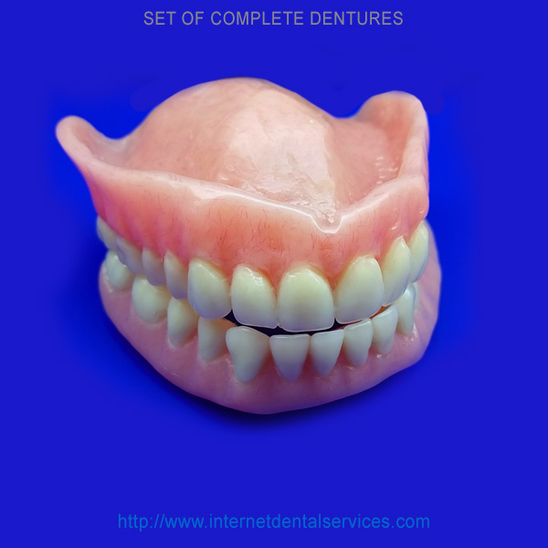 set-complete-dentures